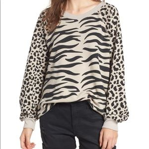 NWT WILDFOX EASY TIGER SOMMERS SWEATSHIRT